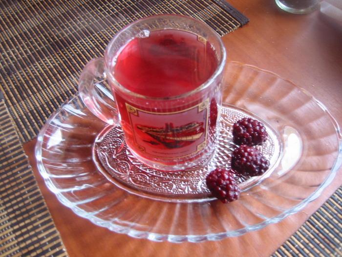 Рецепт компоту з заморожених фруктів та ягід
