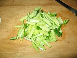 Салат з мідій в сирних тарталетках - 6
