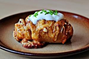 Печена картопля з сиром