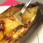 Запечений банан з корицею і медом