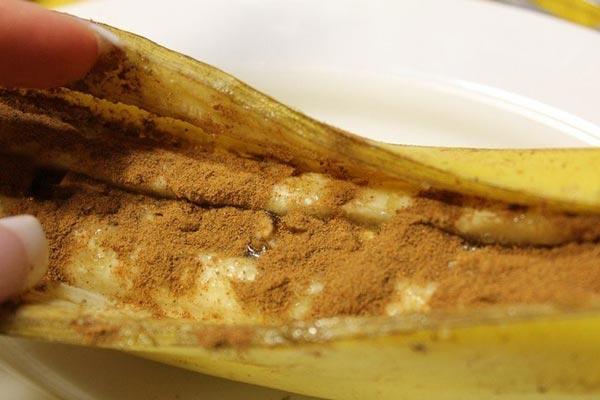 Запечений банан з корицею і медом 7