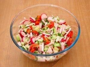 Овочевий салат з шинкою 4