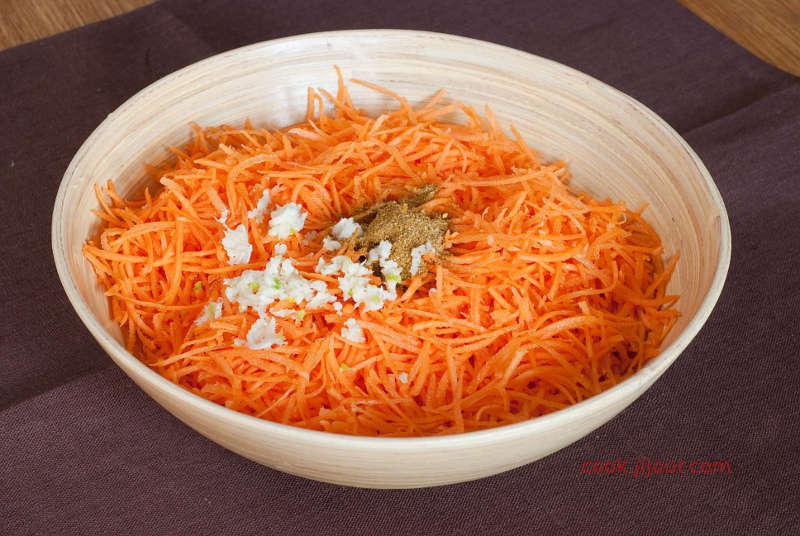 Салат з моркви із сиром 3
