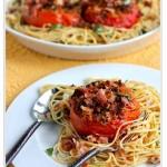 Спагетті з запеченими помідорами, часником і беконом