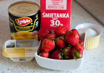 Вершковий десерт з полуницею і персиками - інгредієнти