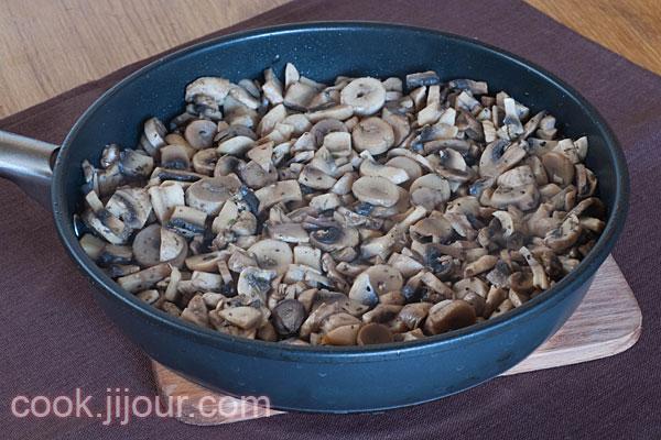 Куряче філе з грибами під сиром - фото 3