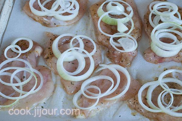 Куряче філе з грибами під сиром - фото 8