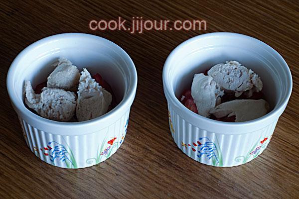 Яєчня з помідорами та куркою в духовці - фото 4