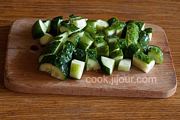 Салат зі свіжих овочів - фото 1