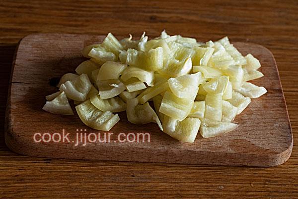 Салат зі свіжих овочів - фото 2