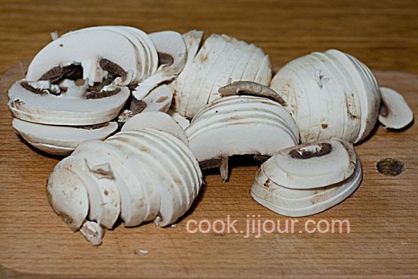 Суп-пюре з шампіньйонів - фото 5