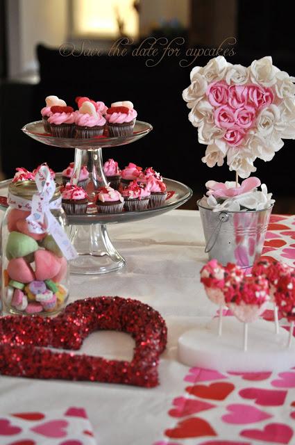 Стіл на день святого Валентина - фото 26