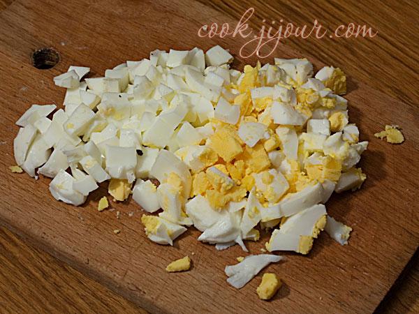 Салат з крабових паличок - фото 5