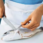 Як чистити свіжу рибу